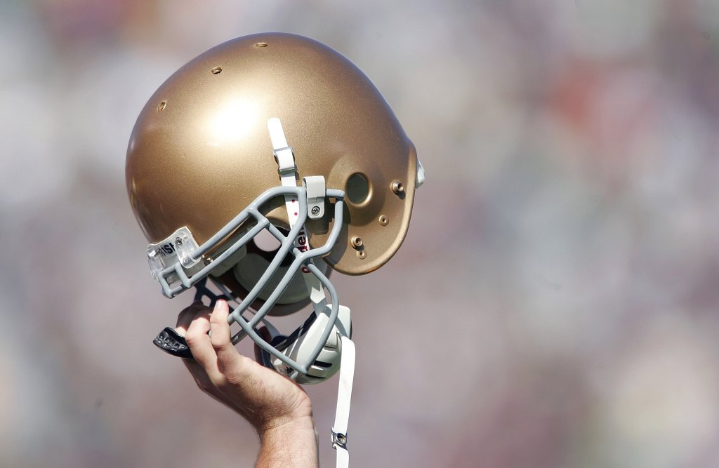 Report: Wisconsin and Notre Dame discussing Soldier Field ...