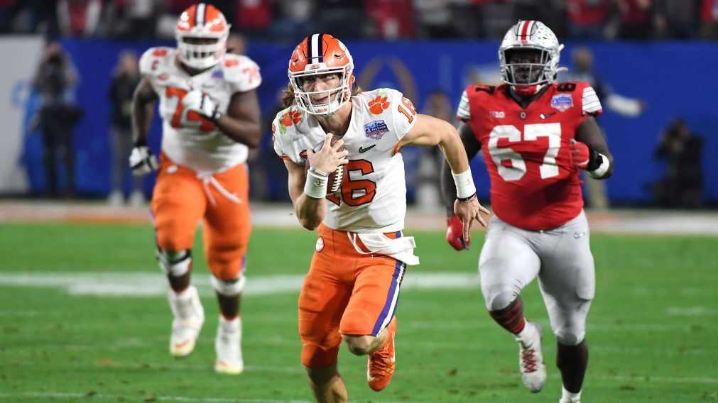 No. 3 Clemson beats No. 2 Ohio State in the Fiesta Bowl Semifinal