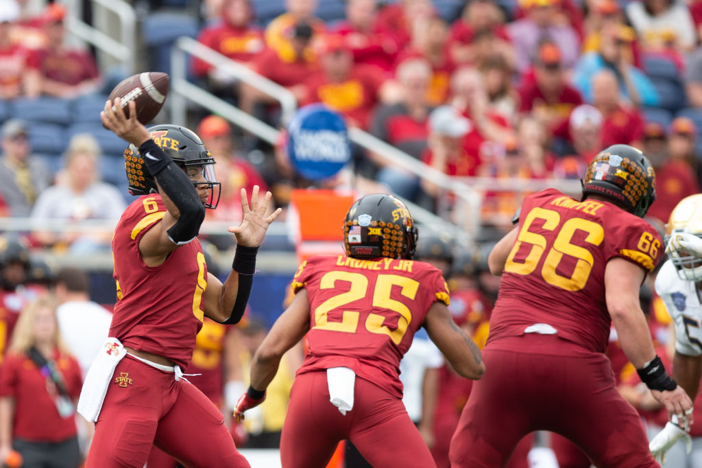 Iowa State QB Re-al Mitchell latest to enter name into transfer portal