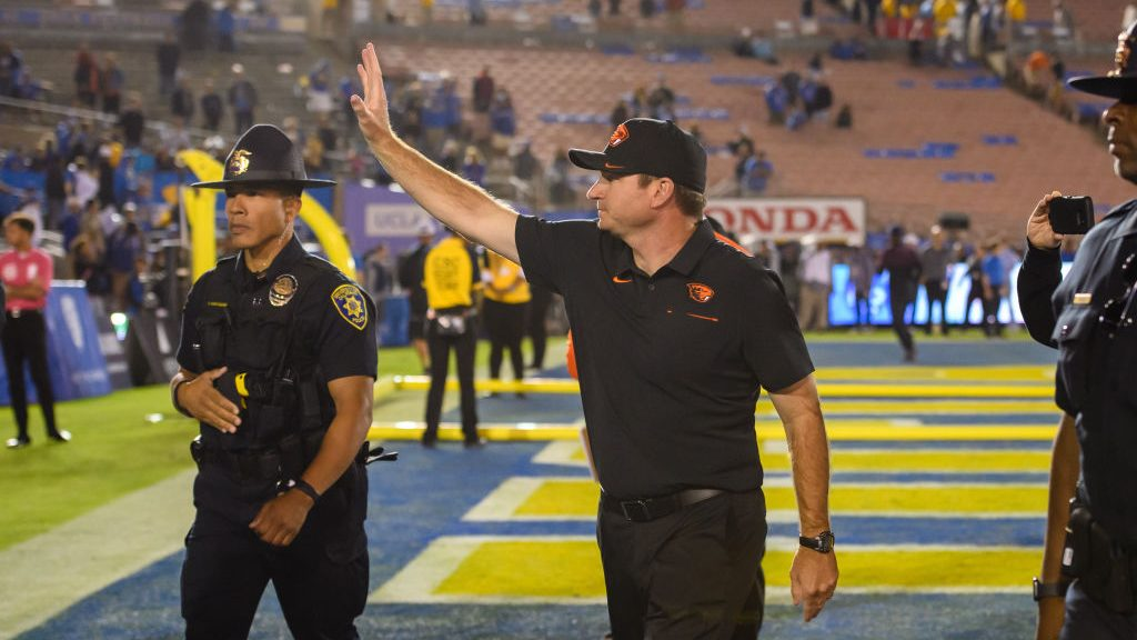 Oregon State football announces additional titles for two on-field assistants