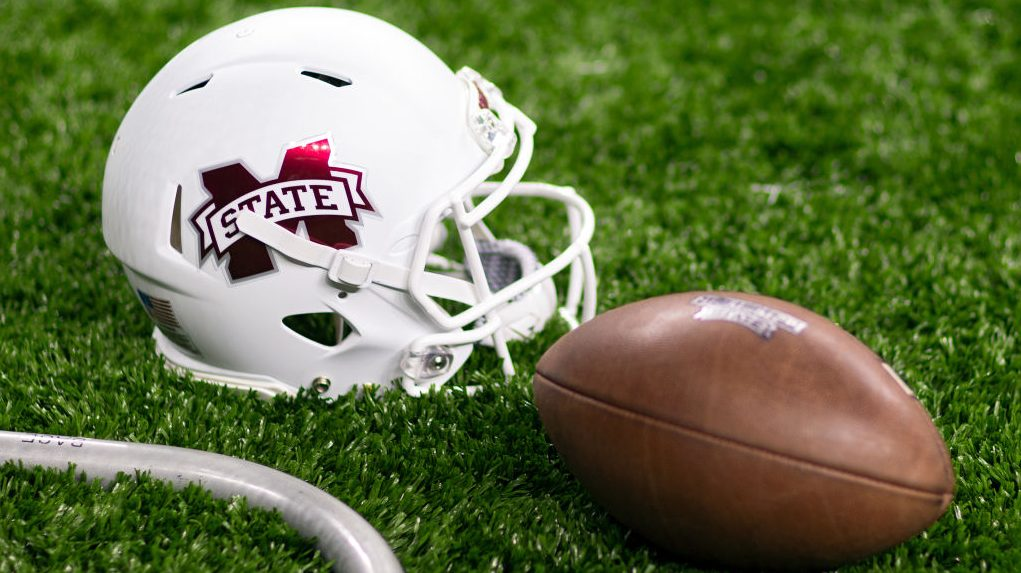Mississippi State player who didn't take kindly to Mike Leach tweet enters transfer portal - msnNOW