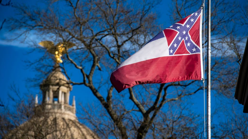 Kylin Hill tweet helped spur official change to state flag ...